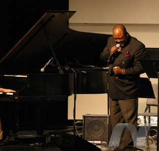 Willie E. Atkinson and Transitional Jazz Trio Image 1